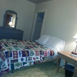 Double bed in bedroom 5