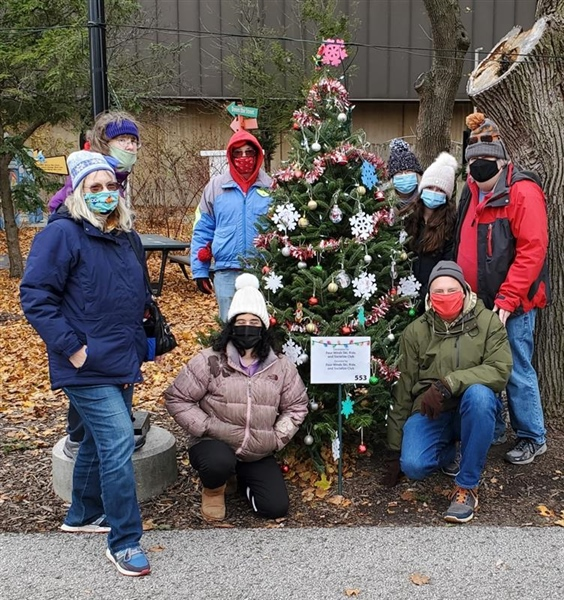 Brookfield Zoo Tree Decorating Event